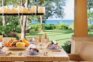 tropical theme for dining room decorating