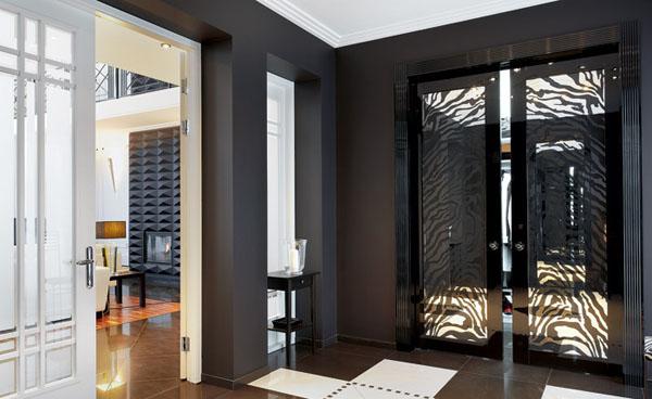 black and white interior decorating