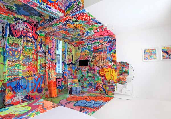 Bedroom Decorating By Graffiti Artists