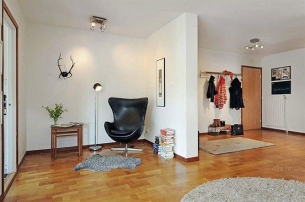 black leather chair and floor lamp