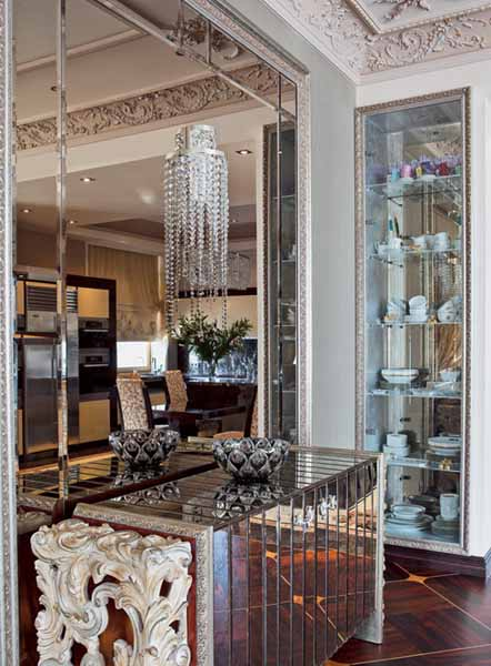 mirrored console table and mirror wall design