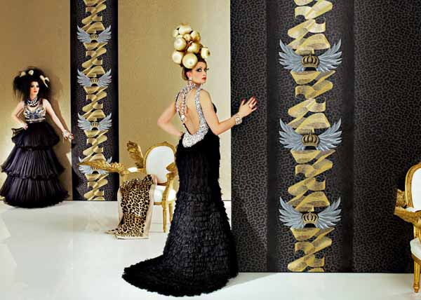 modern wallpaper in black ad golden colors