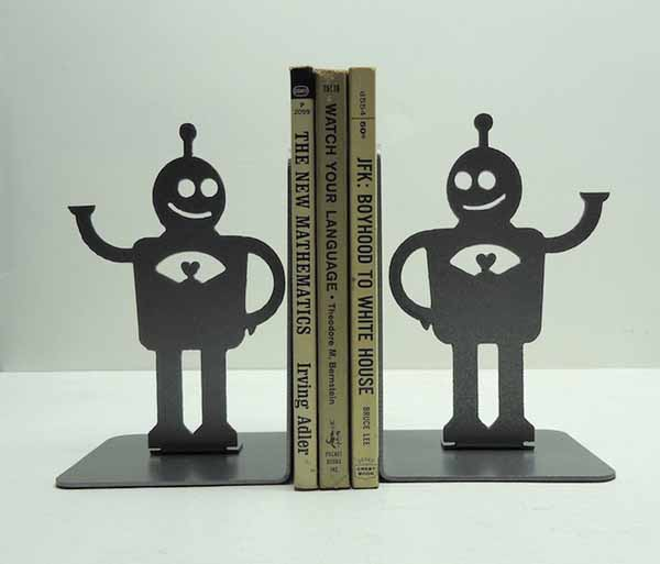 robot bookends design