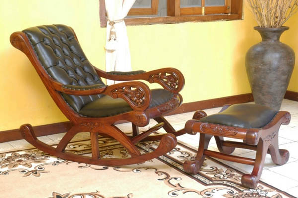 Black Leather Chair And Footrest Made Of Exotic Wood, Luxurious Room  Decorating Ideas