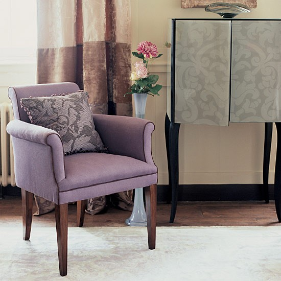 Black leather wing chair - Here Are 10 Ideas For Modern Interior Decorating With Chairs In Retro