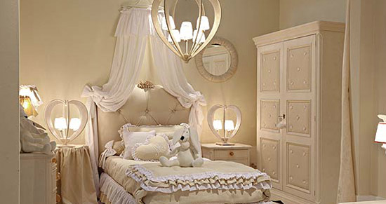 bedroom decorating ideas in white colors