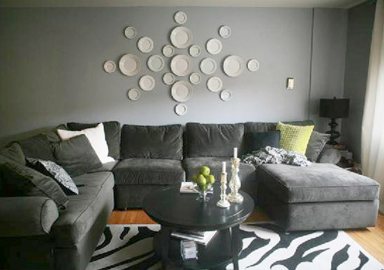 white plates in various sizes for decorating large wall