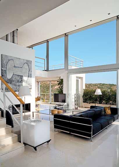 minimalist interior design style, simplicity and comfort