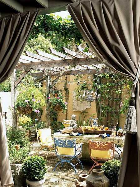 Outdoor Curtains for Porch and Patio Designs, 22 Summer ... on Backyard Patio Decorating Ideas id=15871