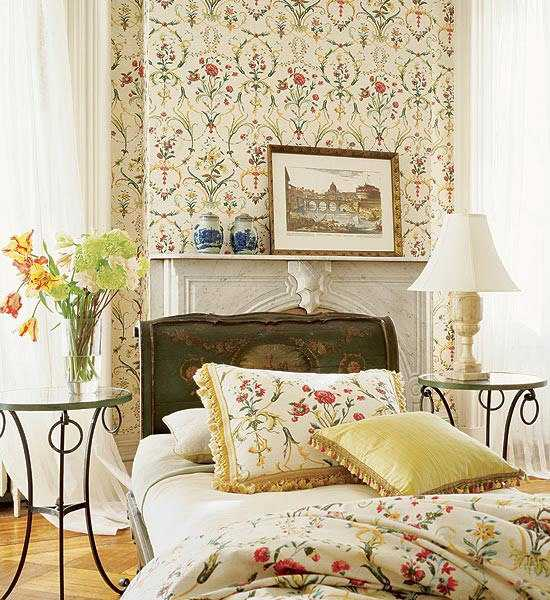 floral wallpaper for bedroom decor