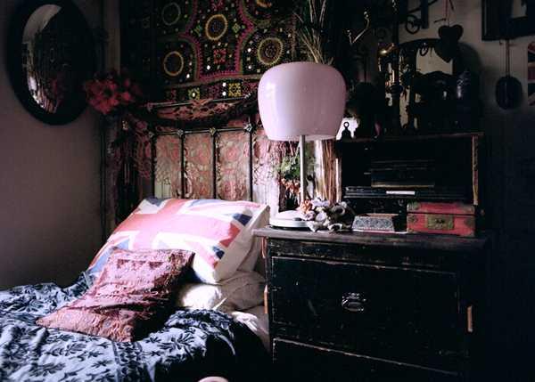 Mesmerizing Orange Bohemian Bedroom Decor