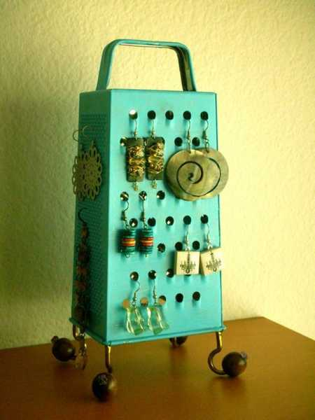recycled crafts and jewelry storage ideas