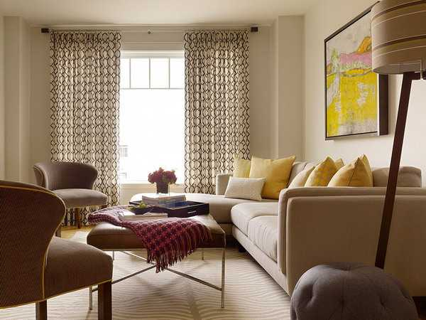 living room design in yellow and brown colors