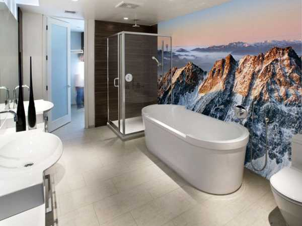 bathroom design with wall mural