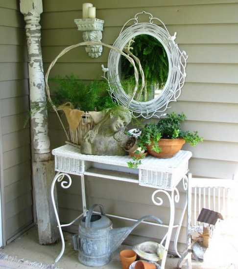 shabby chic mirror and console table, vintage decor accessories