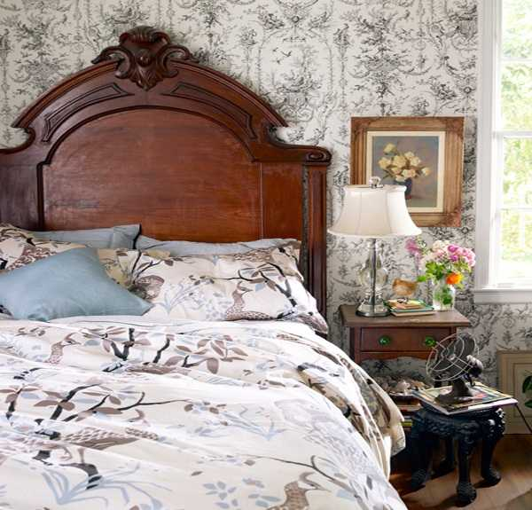 20 charming bedroom decorating ideas in vintage style for Retro style bedroom furniture