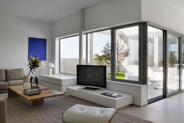 Bright Modern Interiors Blending Contemporary Design And
