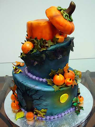 pumpkin cake, table centerpiece idea