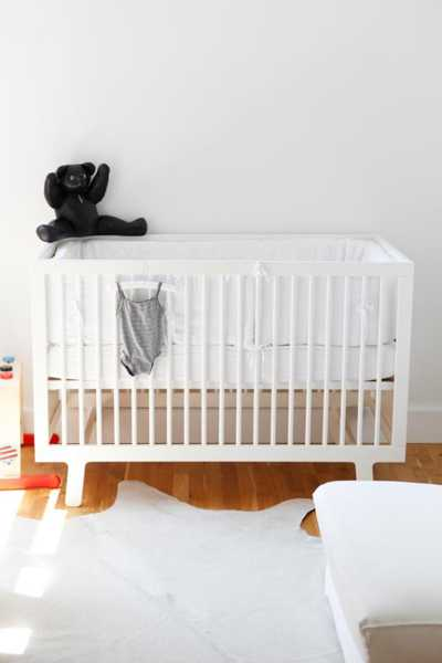 black and white decorating ideas for baby room