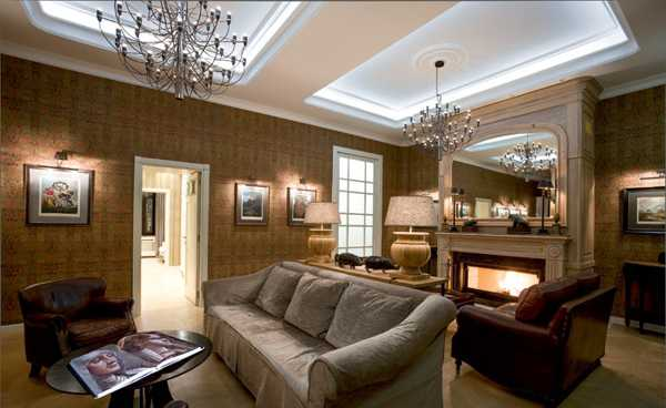 vintage furniture and chandeliers for apartment decorating in modern style