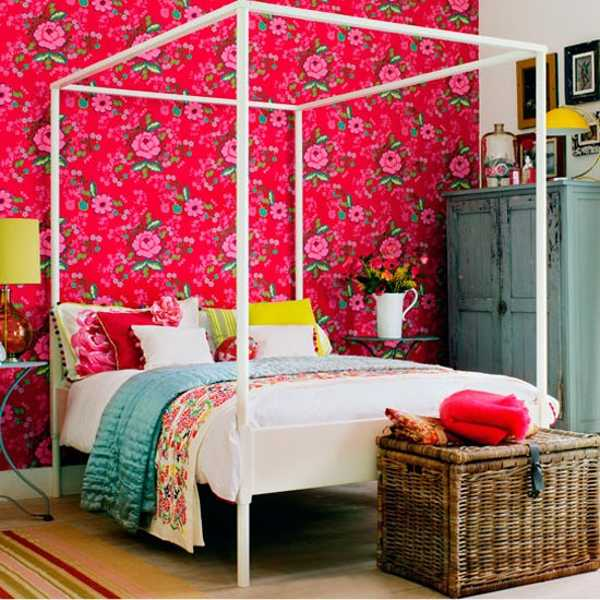 pink wallpaper and four post bed in white for bedroom decor in eclectic style