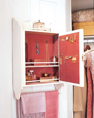 recycling old wooden cabinet for jewelry cabinet
