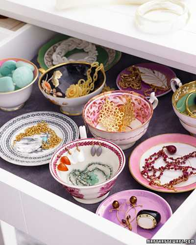 recycling cups and bowls for bedroom organizer and jewelry storage