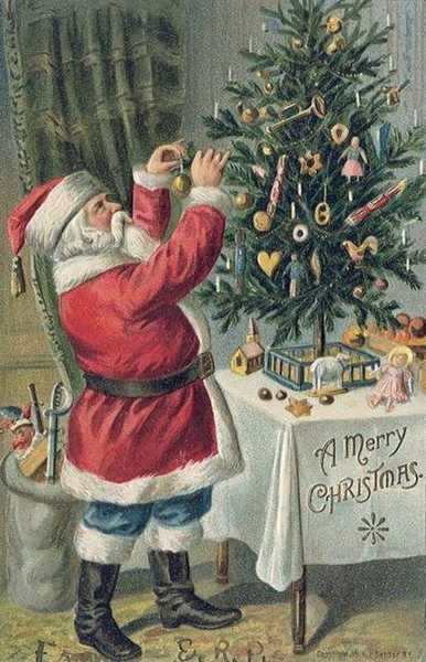 Old christmas tree decorations and christmas cards in for Vintage christmas decorating ideas