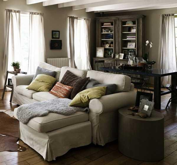 vintage furniture and decor accessories for living room design in country home style