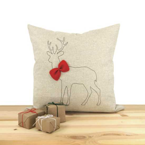 Oversized Decorative Pillow Ideas : Crafts decorative deer