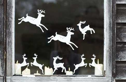 reindeer window decoration