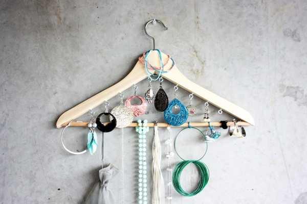 repurposing hanger for bedroom organizer