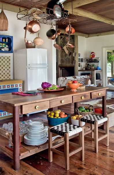 Wooden Kitchen Island With Stools Brazilian Ethnic Interior Decorating