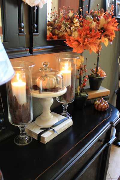 Fall Leaves Centerpiece Idea For Interior Decorating