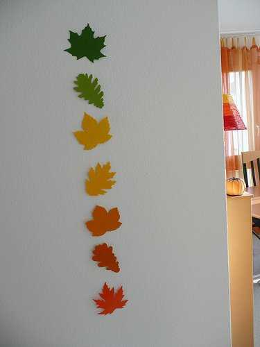 12 Creative Home Decor Ideas Using Fall Leaves And Dry Foliage For Fall Decorating