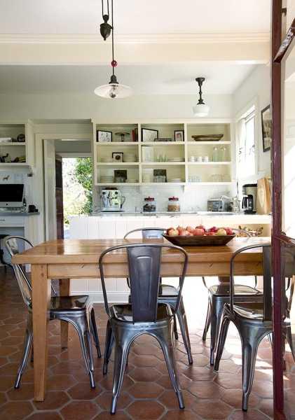 Kitchen Decor In Vintage Style