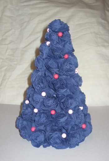 blue roses christmas tree made with fabric