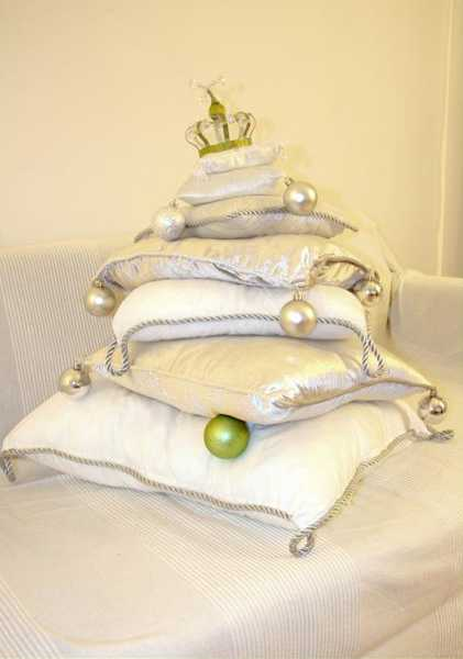 pillows christmas tree with green christmas balls