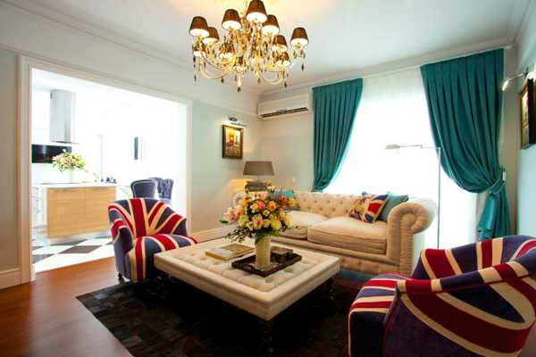 30 patriotic decoration ideas union jack themed decor in blue red white for Red and black themed living room