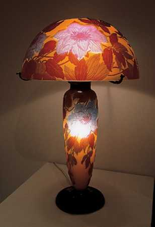 table lamp with leaf pattern for home decorating in modern style