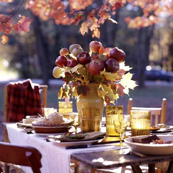 creative thanksgiving decorating ideas, apple flower arrangement