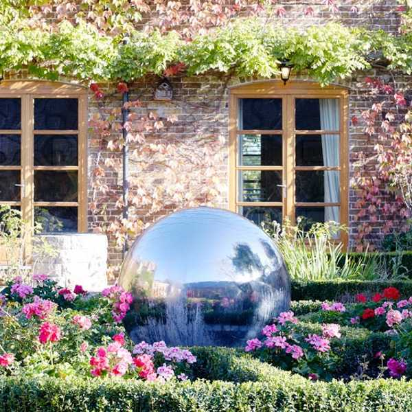 English country garden decorating style photograph theme c for Country garden ideas and designs