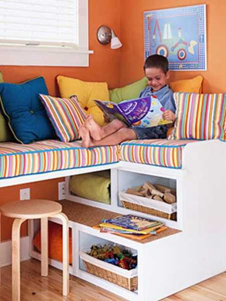 kids room decorating with bright window seat cushions
