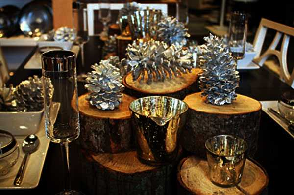 Glamorous Christmas Decor Ideas Blending Black With Silver