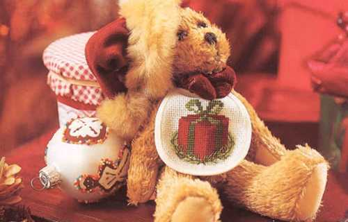 christmas gift box embroidery pattern