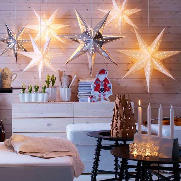 large christmas stars with lights