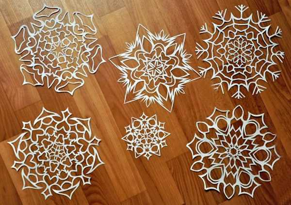paper crafts for christmas decoration