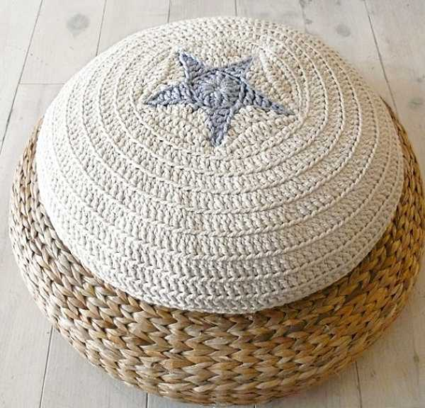 crochet ottoman with starfish pattern, baby room ideas