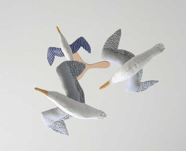 baby room ideas, cotton gull birds decorations