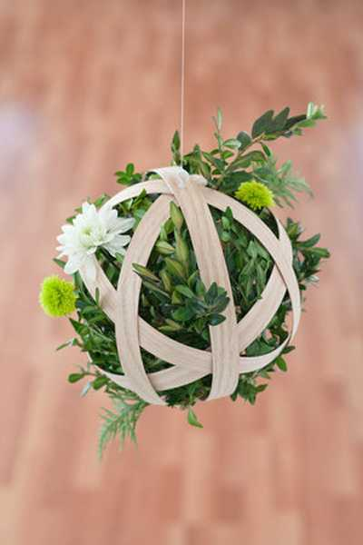 Unusual Flower Arrangements Hanging Pendants With Flowers